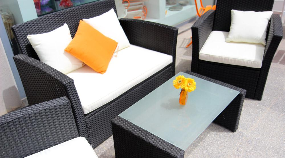 Rattan Sofa Set including Two Seater Sofa, 2 Armchairs, Coffee Table and Cushions